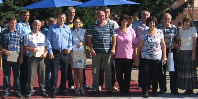 """ВИЛОТИЋИМА СЕ ШЉИВА """"ПОЗЛАТИЛА"""": Први трофеј у Драгијевици"""